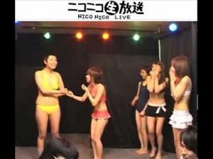 【ショートコント対決!】 水着お笑い芸人VS水着アイドル